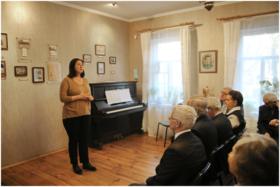 Н. В. Прохорова открывает встречу. Фото А. Танчук.