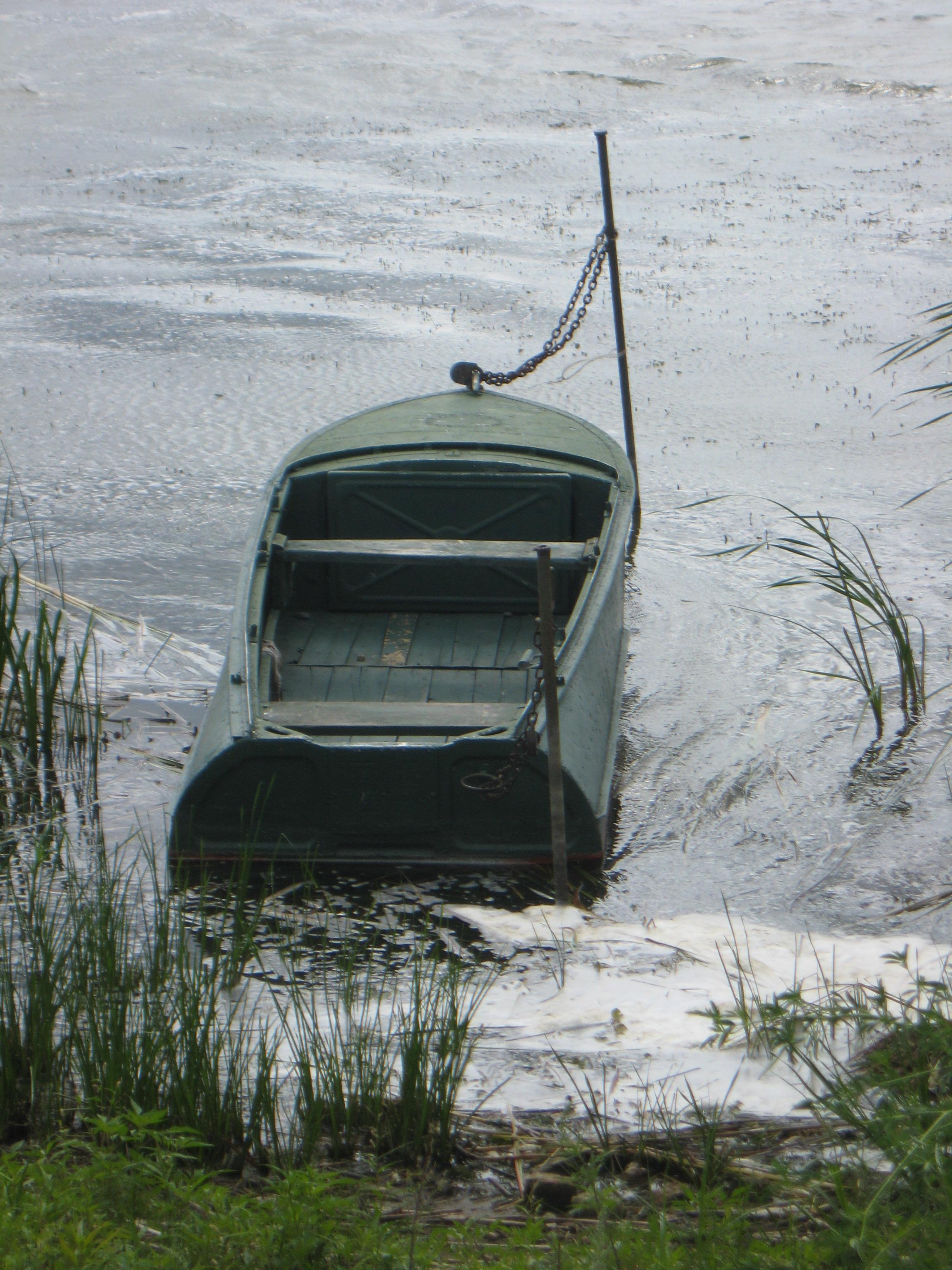 На озере Неро воровали по-крупному