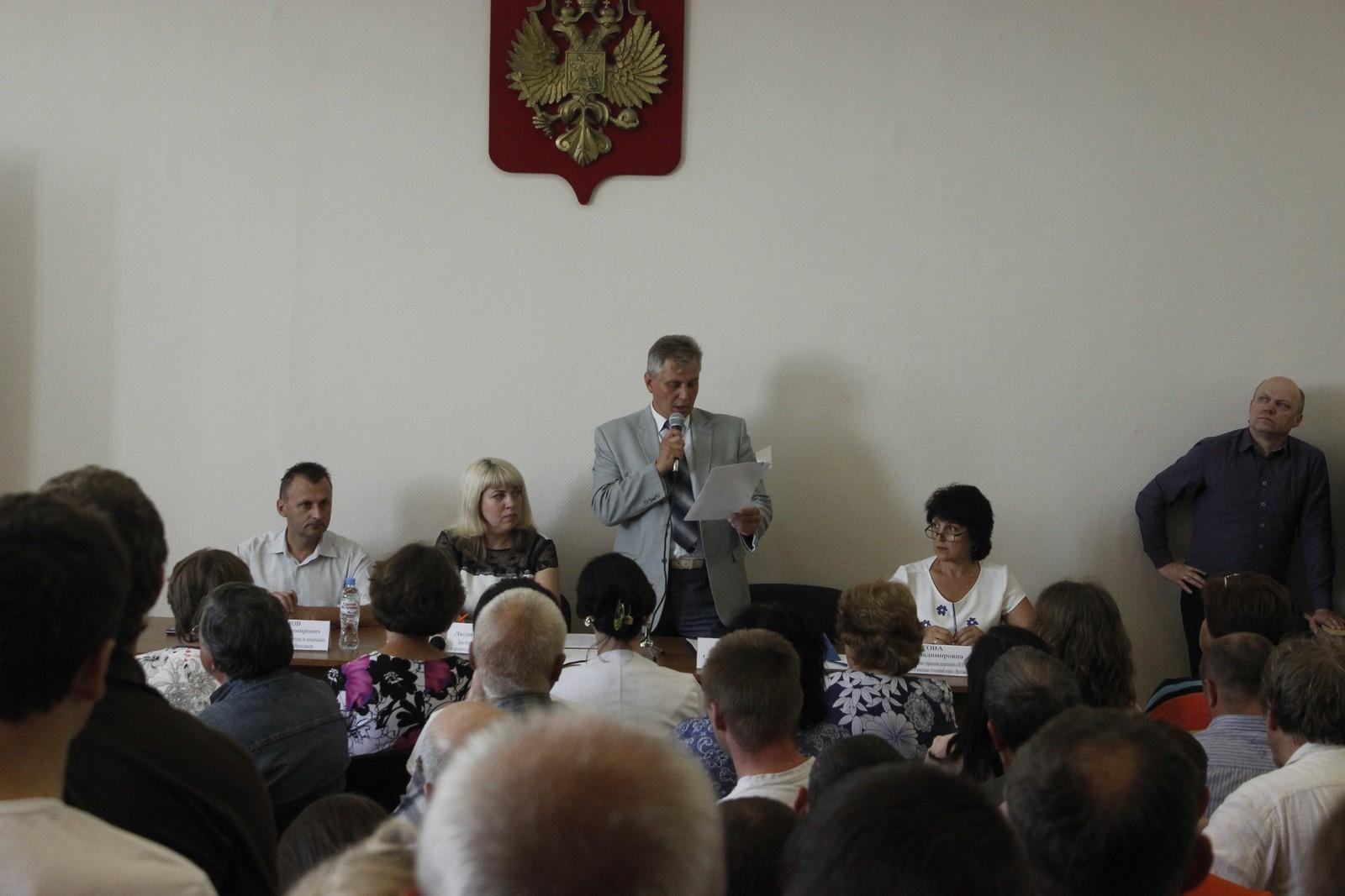 Слушания по проекту застройки 9-го микрорайона Твериц Заволжского района (фоторепортаж)