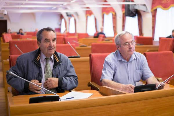 Обманутые дольщики просят губернатора о встрече