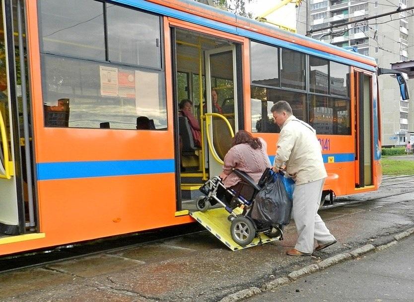 Инвалиды просят оборудовать общественный транспорт святящимися номерами и пандусами