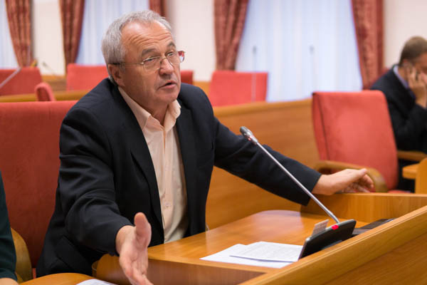 Депутаты КПРФ за доступность медицинской помощи