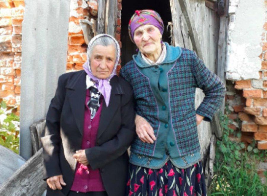 Пенсионерки живут в бывшей конюшне