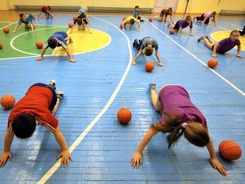 Более двухсот школьников погибли на уроках физкультуры