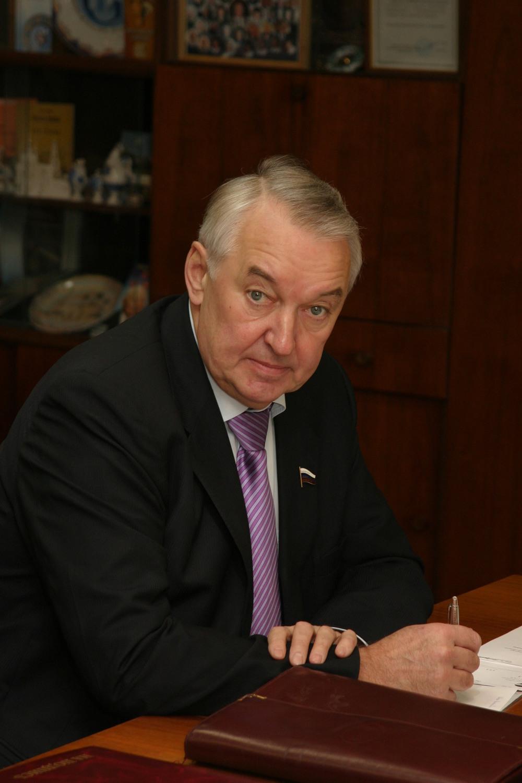Умер Евгений Заяшников