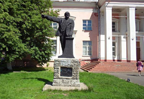 Памятник Ленину в Переславле не имеет владельца