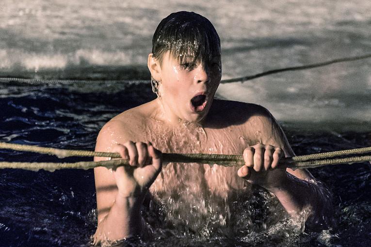 Крещенское безумие. После ледяных купаний рыбинцы болеют простудой