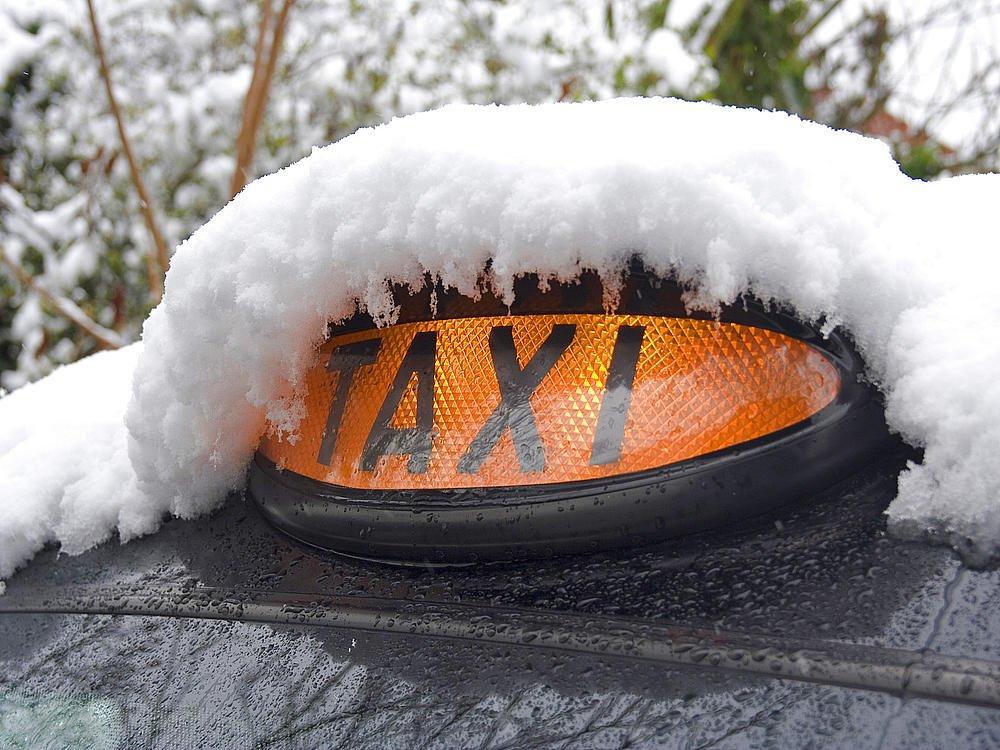 Цены на такси выросли вдвое