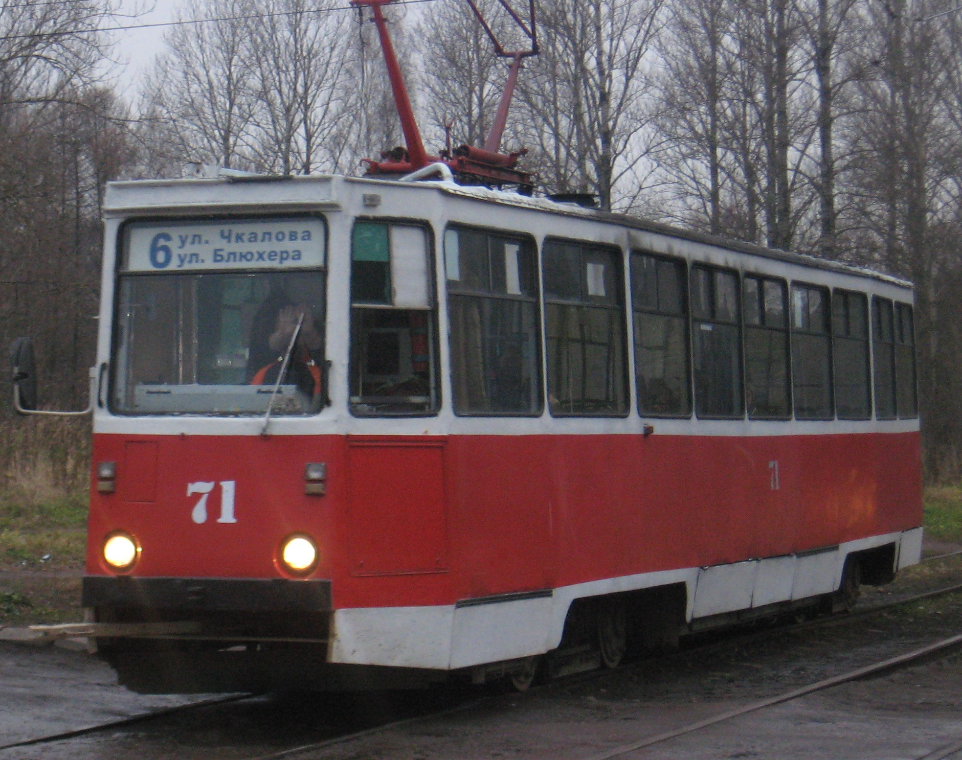 В понедельник автолюбители поедут в трамвае бесплатно