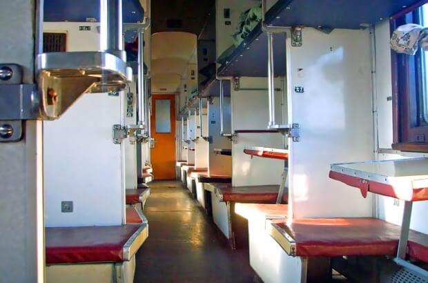 В России запретят сдавать билеты на поезда