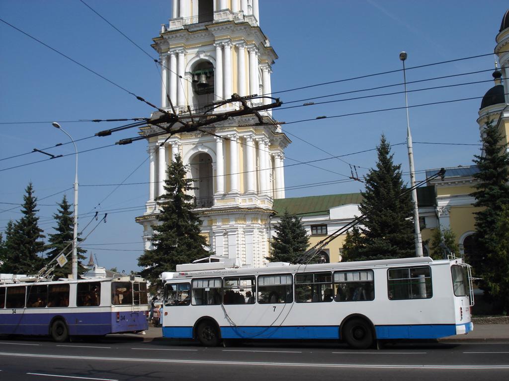 Ради выгоды банков приходится отключать троллейбусы