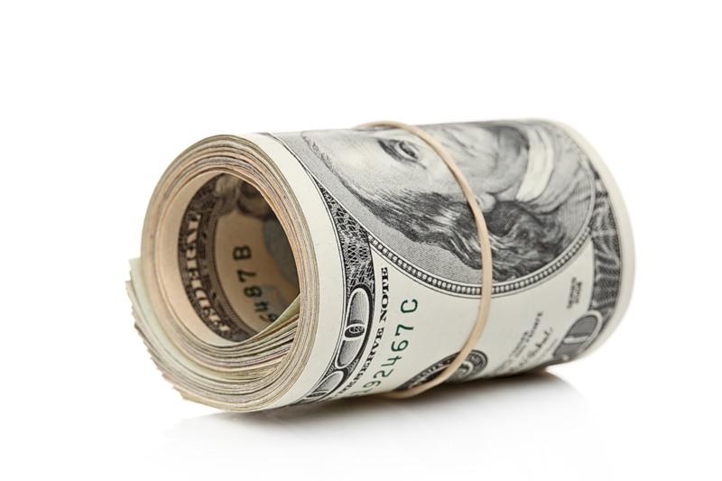 Курс доллара превысил отметку в 67 рублей