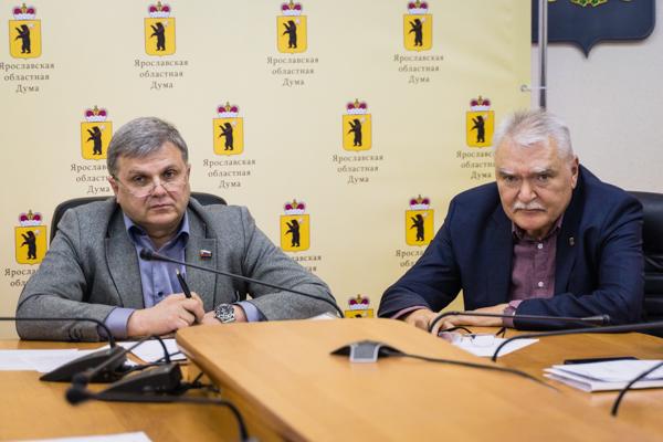 Партия власти вспомнила о малоимущих пенсионерах
