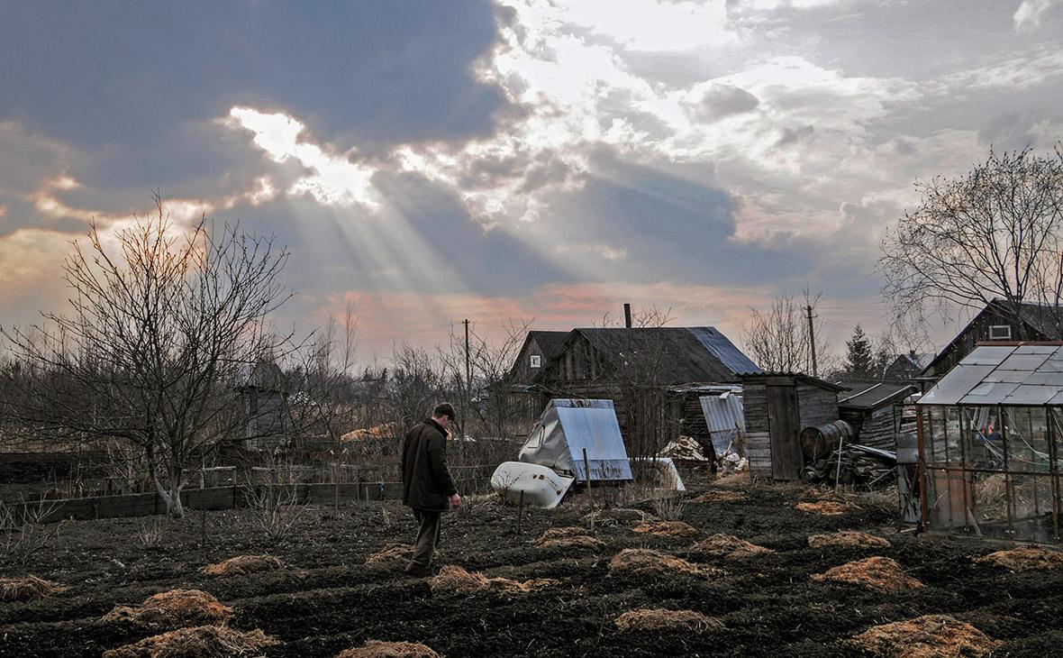 Россияне спешат избавиться от дачных домов