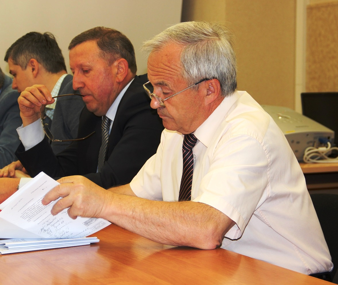 Депутаты от партии власти голосуют против законодательных инициатив КПРФ