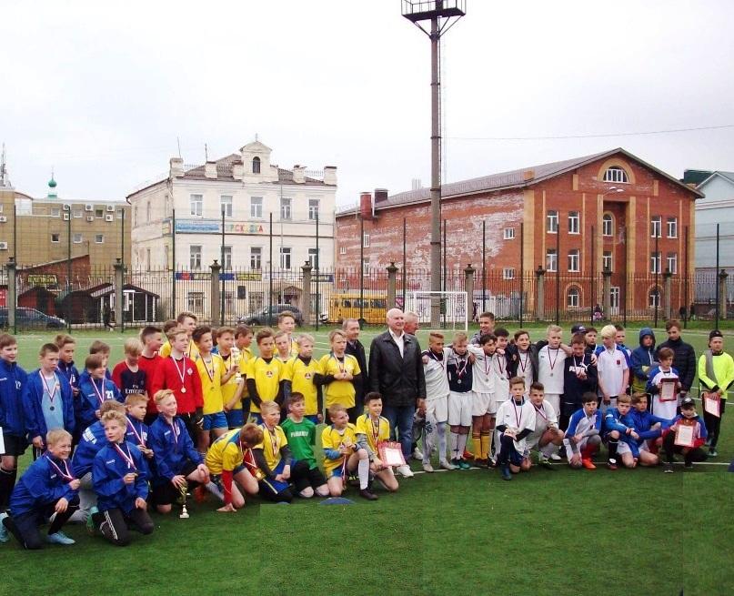 В Рыбинске прошел турнир по футболу, организованный горкомом КПРФ