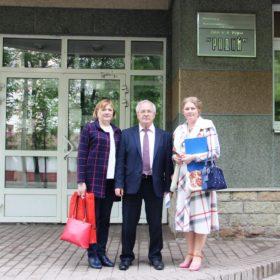 Александр Воробьев с помощниками депутата
