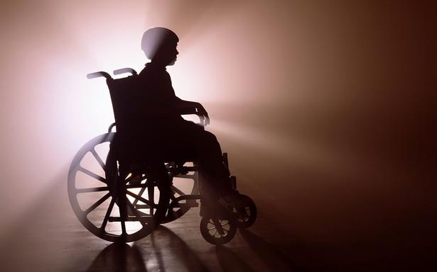 В России сократилось количество взрослых людей с инвалидностью, а детей-инвалидов стало больше