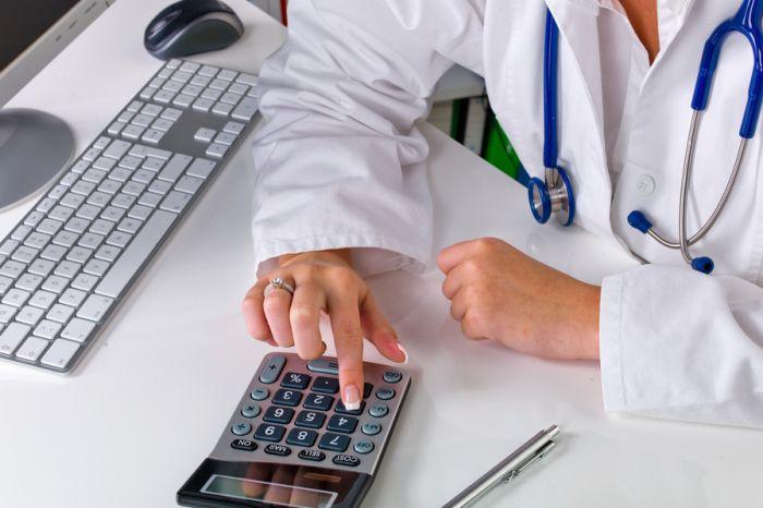 Зарплата руководителей больниц вызвала возмущение ярославцев
