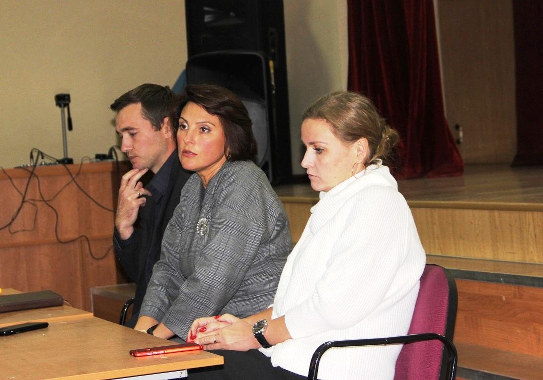 Депутаты КПРФ на стороне жильцов многоквартирного дома (фоторепортаж)