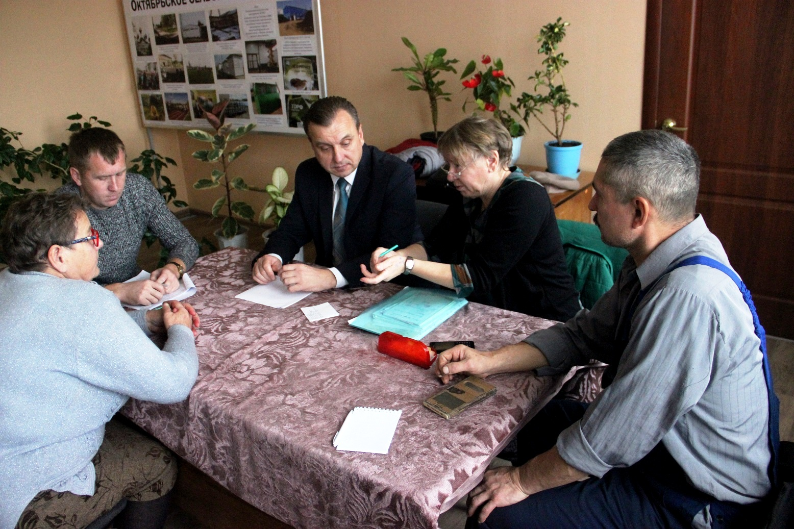 В Муниципальном Совете Октябрьского сельского поселения создана фракция КПРФ