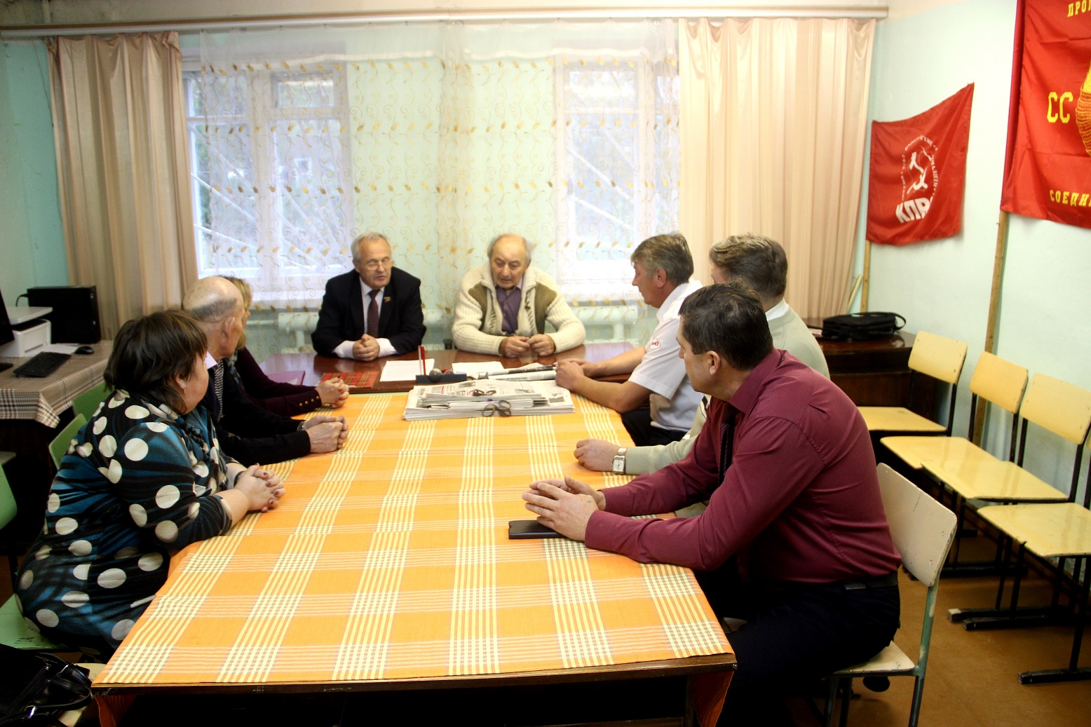 Депутаты-коммунисты Данилова провели заседание фракции