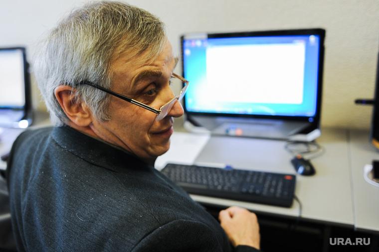 Работающих пенсионеров за неофициальную работу оштрафуют на 120 тысяч рублей