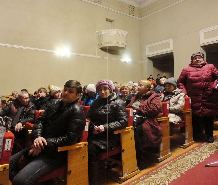 Люди против закрытия рынков в Заволжском районе!