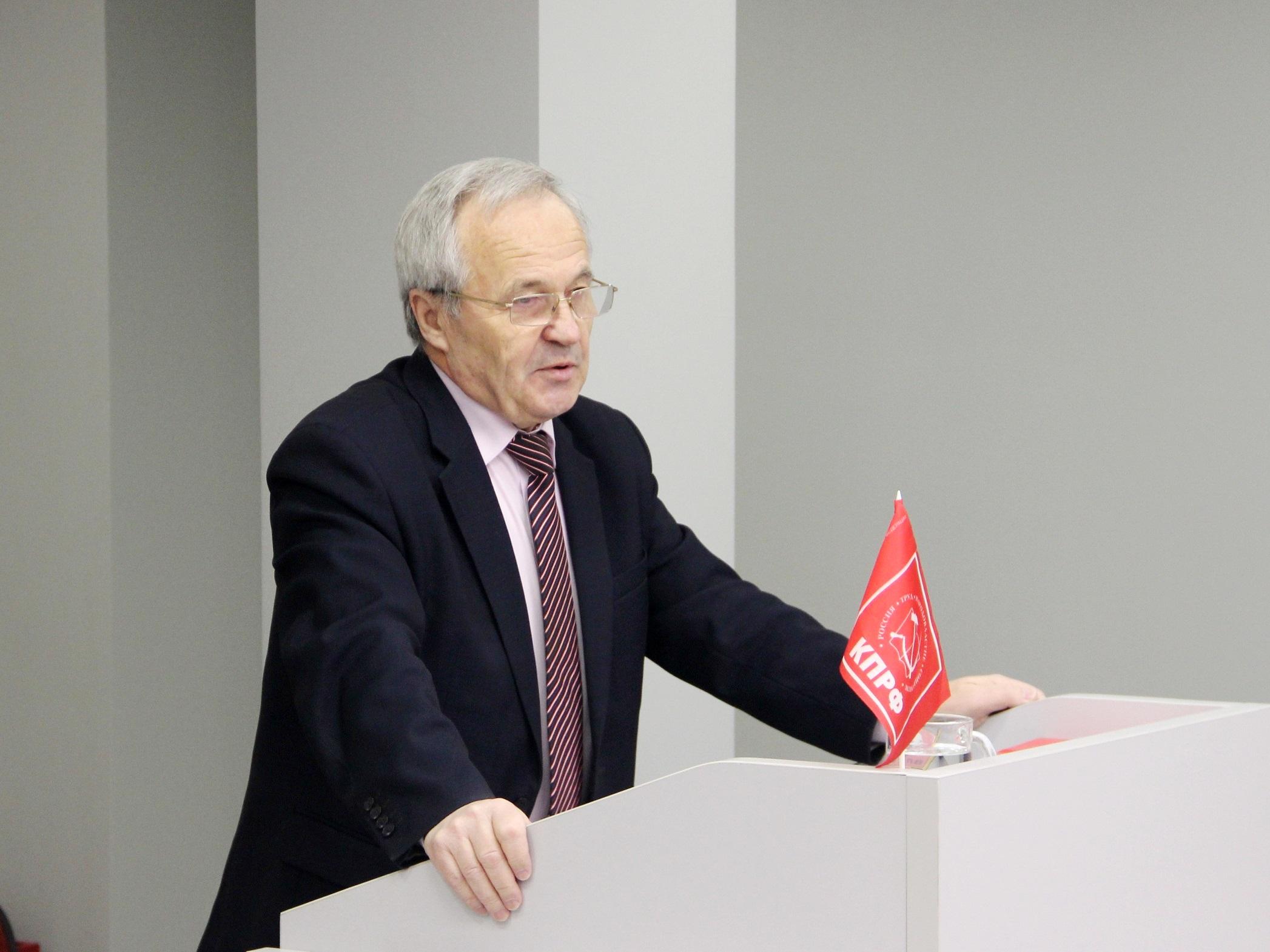 Только коммунисты противостоят власти в защите интересов трудящихся