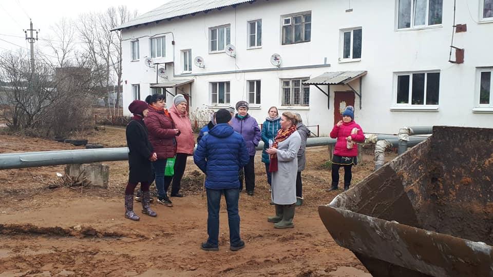 «Нанотехнологии» строительства дорог в поселке Красный Бор