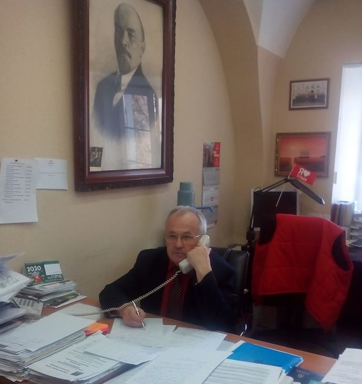Пообщавшись с секретарями районных отделений КПРФ, Александр Воробьев направил депутатский запрос в правительство области