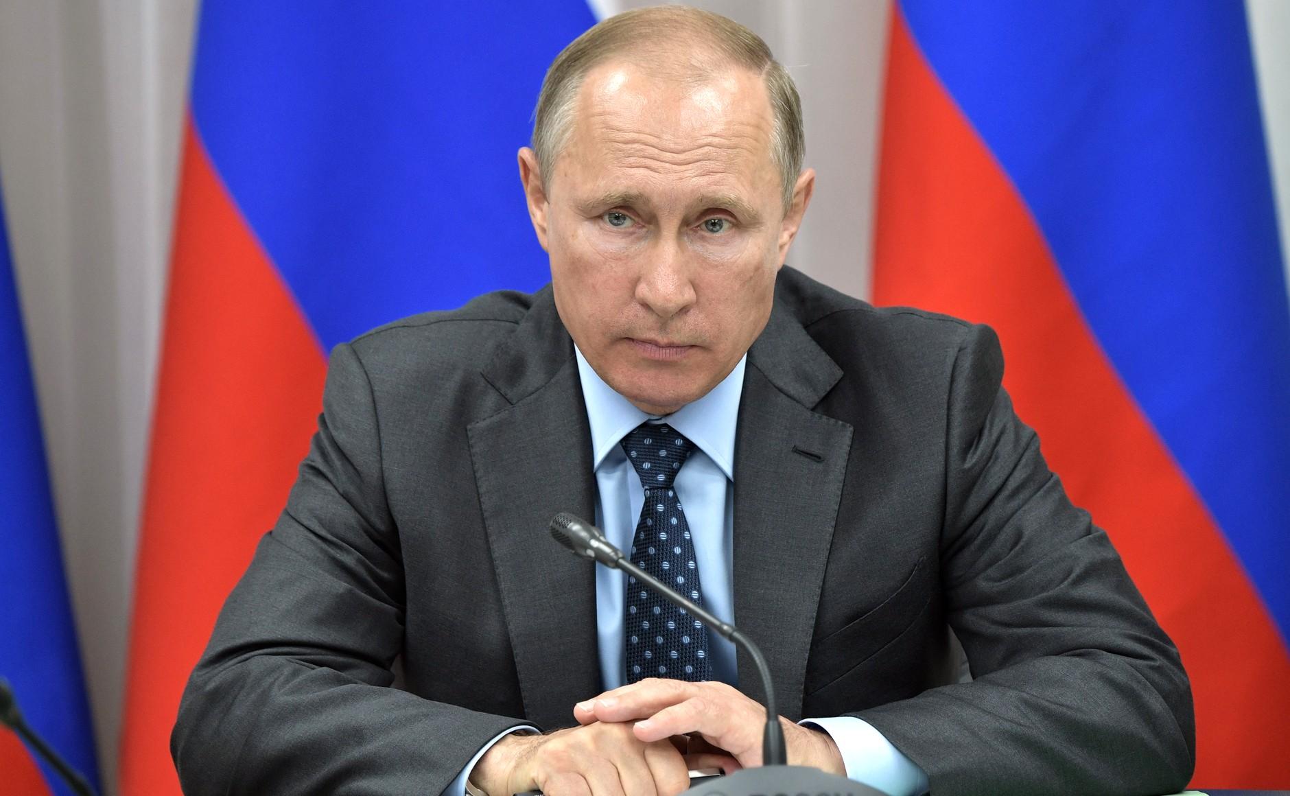 России необходим «мюнхенский разворот» во внутренней политике (К 20-летию пребывания во власти В.В. Путина)