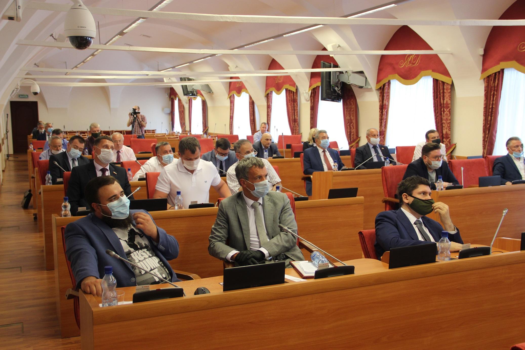 Губернатор пообещал встретиться с депутатами фракции КПРФ как только ситуация позволит
