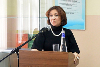 Судья Елена Хахалева, ставшая известной после роскошной свадьбы дочери, лишена судейских полномочий