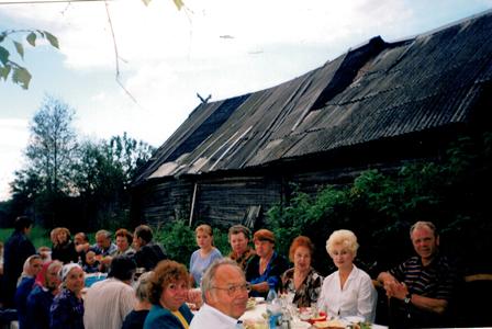 Если в селе играют свадьбы – то жива деревня и Россия