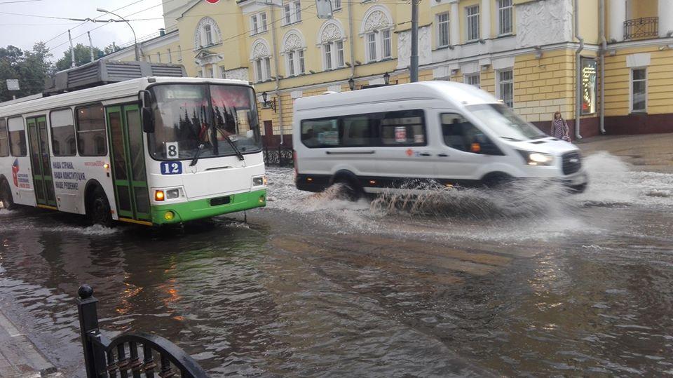 После дождя Ярославль ушел под воду