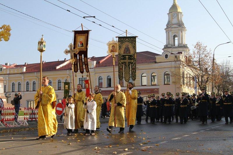 Как РПЦ через «канонизацию» примазывается к славе Ушакова