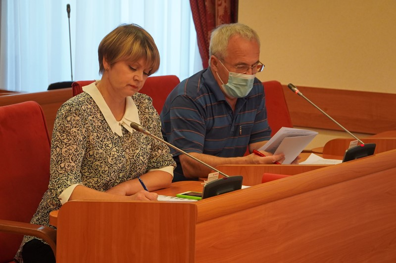Представители «департамента Саитгареева» не пришли на заседание комитета облдумы по здравоохранению