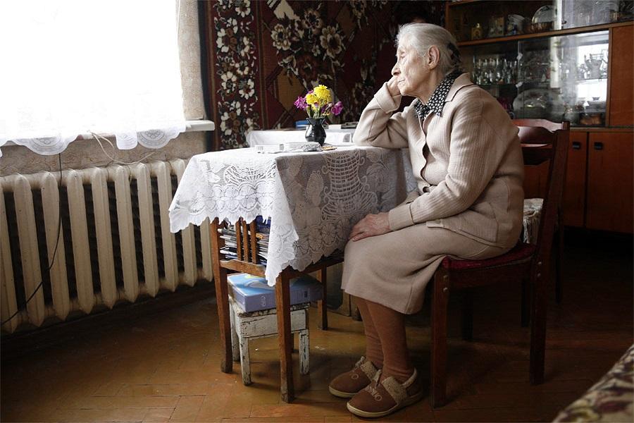 К бабушке никто не приехал…
