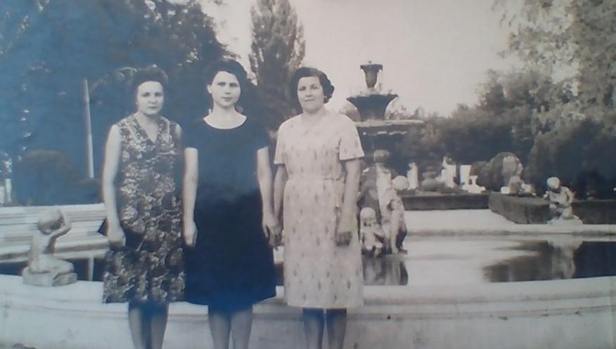 Как Советская власть угнетала мою двоюродную бабушку бесплатными путевками на лучшие черноморские курорты