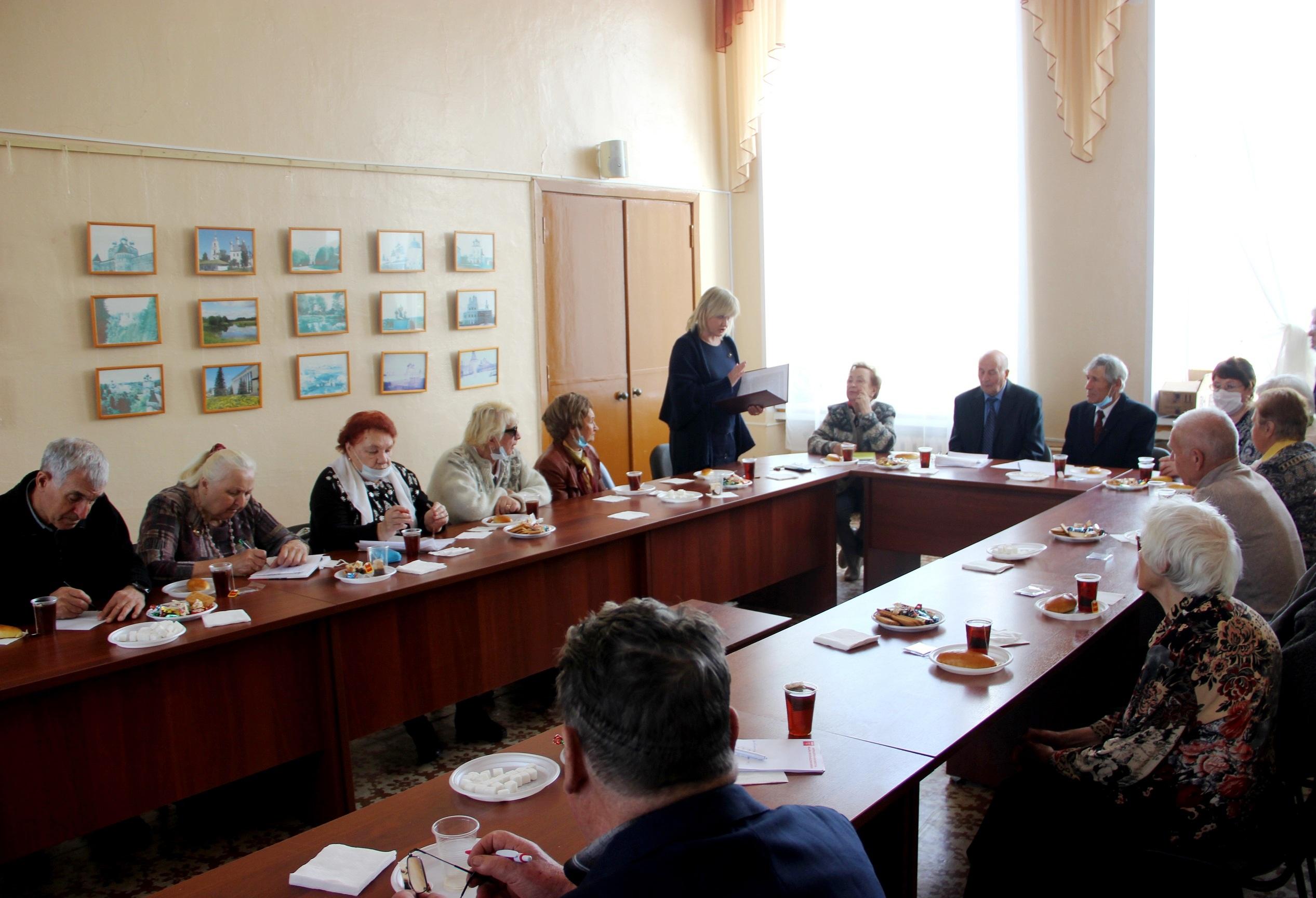Состоялось заседание правления областной организации «Дети войны»  (фоторепортаж)