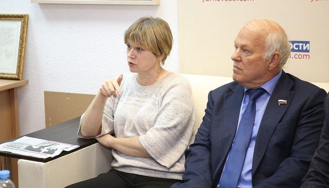 Елена Кузнецова — о подметной газете: Мы знаем, чьи уши из нее торчат