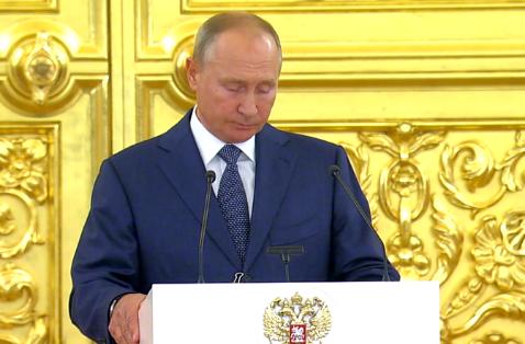 Что нового сказал Путин сенаторам?