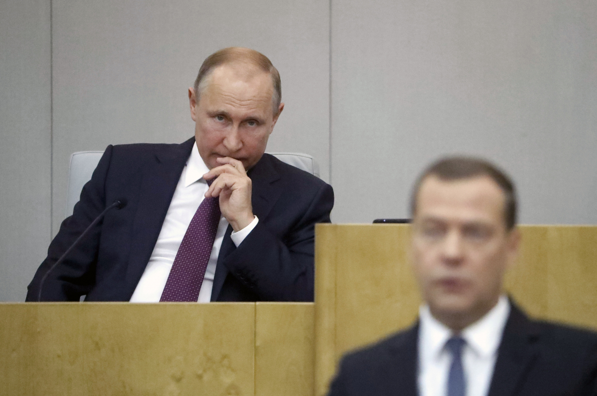 «Пожизненная безнаказанность». Единороссы внесли в Госдумы законопроект о неприкосновенности бывшего президента за любые преступления