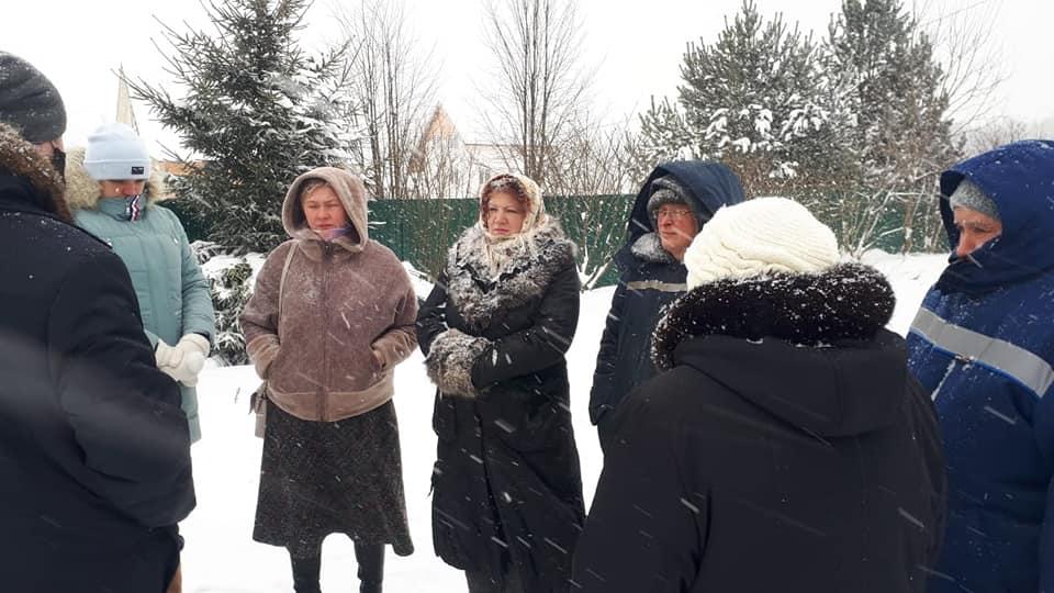 Жители д. Бутрево Ярославского района замерзают от систематического отключения электричества.