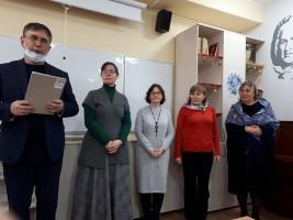 ЭЛЬХАН МАРДАЛИЕВ ВРУЧИЛ НАГРАДЫ РАБОТНИКАМ ГИМНАЗИИ №3