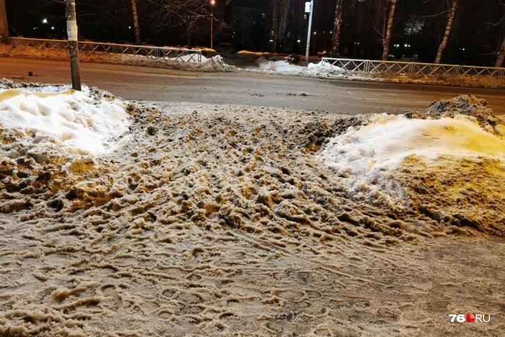 В Рыбинске депутат отругал чиновников за плохо убранные дороги