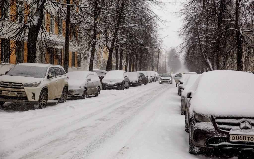 Оценка-«неуд». Лидер ярославских коммунистов требует отставки мэра за неубранный город