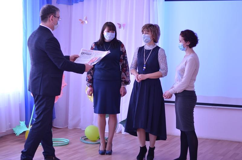 Эльхан Мардалиев поздравил сотрудников детского сада № 95 с Днем космонавтики!