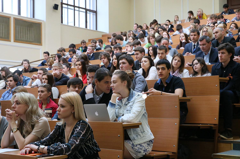 Качество подготовки выпускников российских вузов продолжает падать